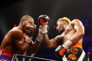 hurd-lara-fight (24)